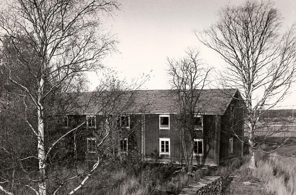 Kuva on otettu vuonna 1975, jolloin rakennusta remontoitiin museokäyttöön